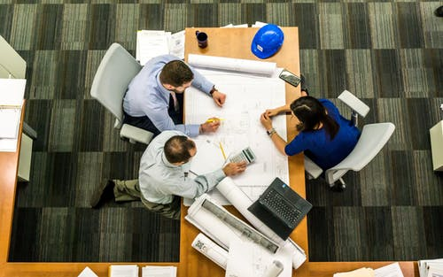 Is Using Online Software a Good Idea When Taking on a Municipal Engineering Project?