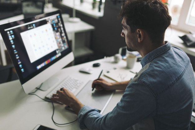 How Can Graphic Designers Increase Their Income?