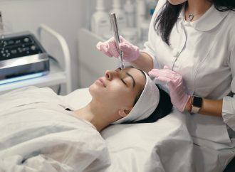 Get the Best Beauty Treatments: Top 8 Benefits